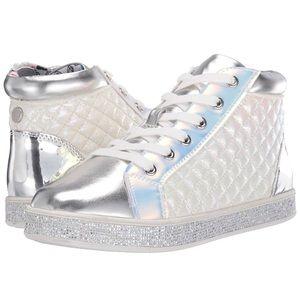 Steve Madden JCaffire girls white sneakers Sz1 NEW